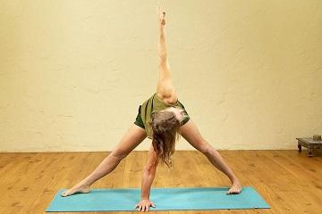 yoga003